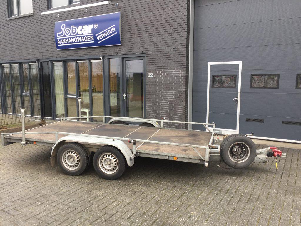 Aanhangwagens: Autoambulance/Multitransporter. Tandem asser tot 2000 kg